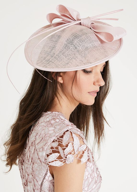 5ba3c74ab835d Winnie Oval Disc Fascinator