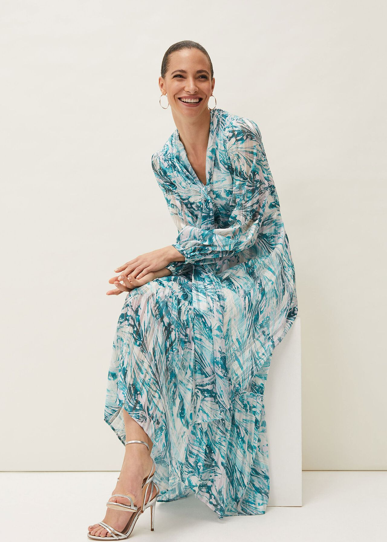 ${product-id}-Lauretta Abstract Print Maxi Dress--${view-type}