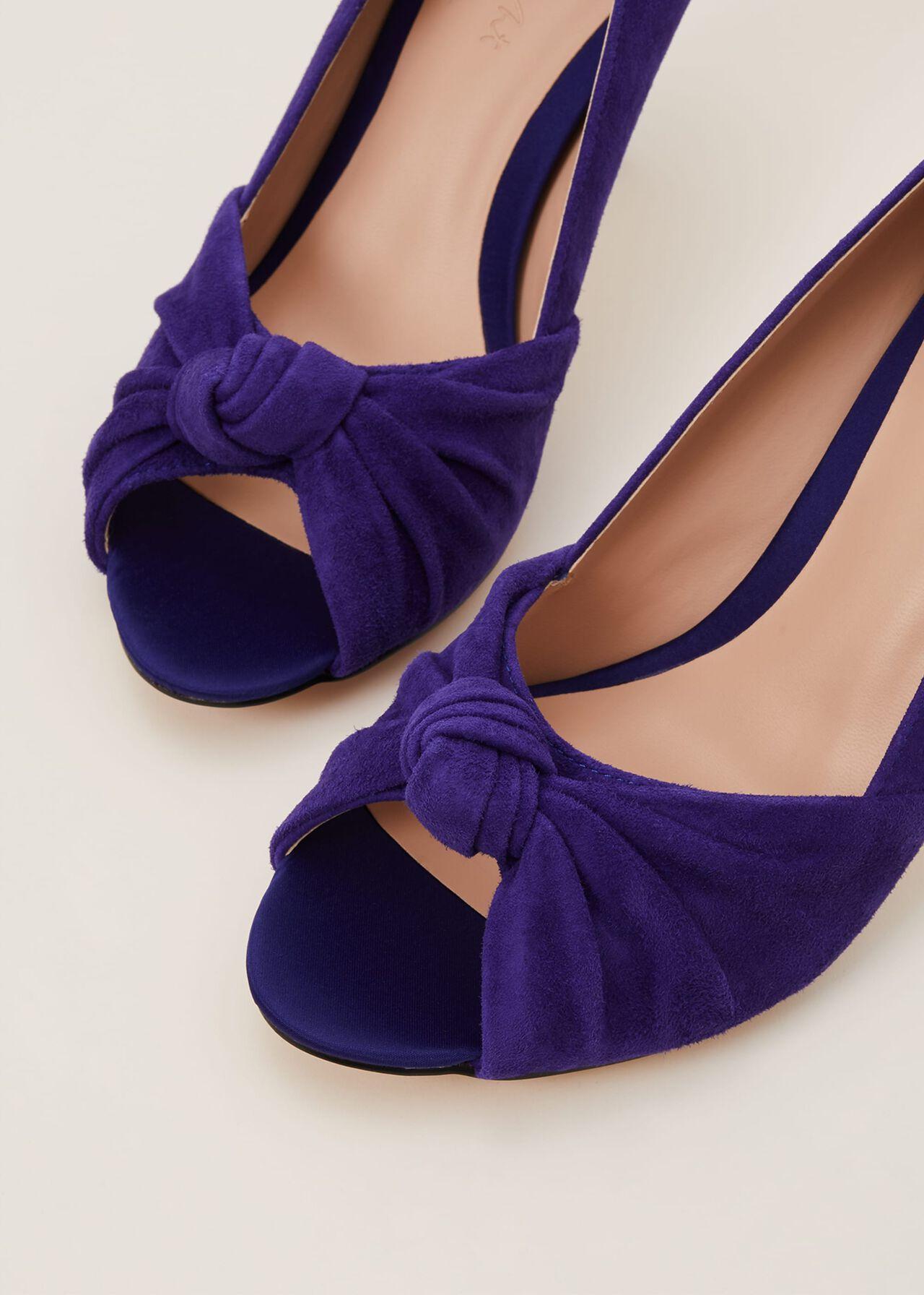 Sonja Knot Front Peep Toe Shoe