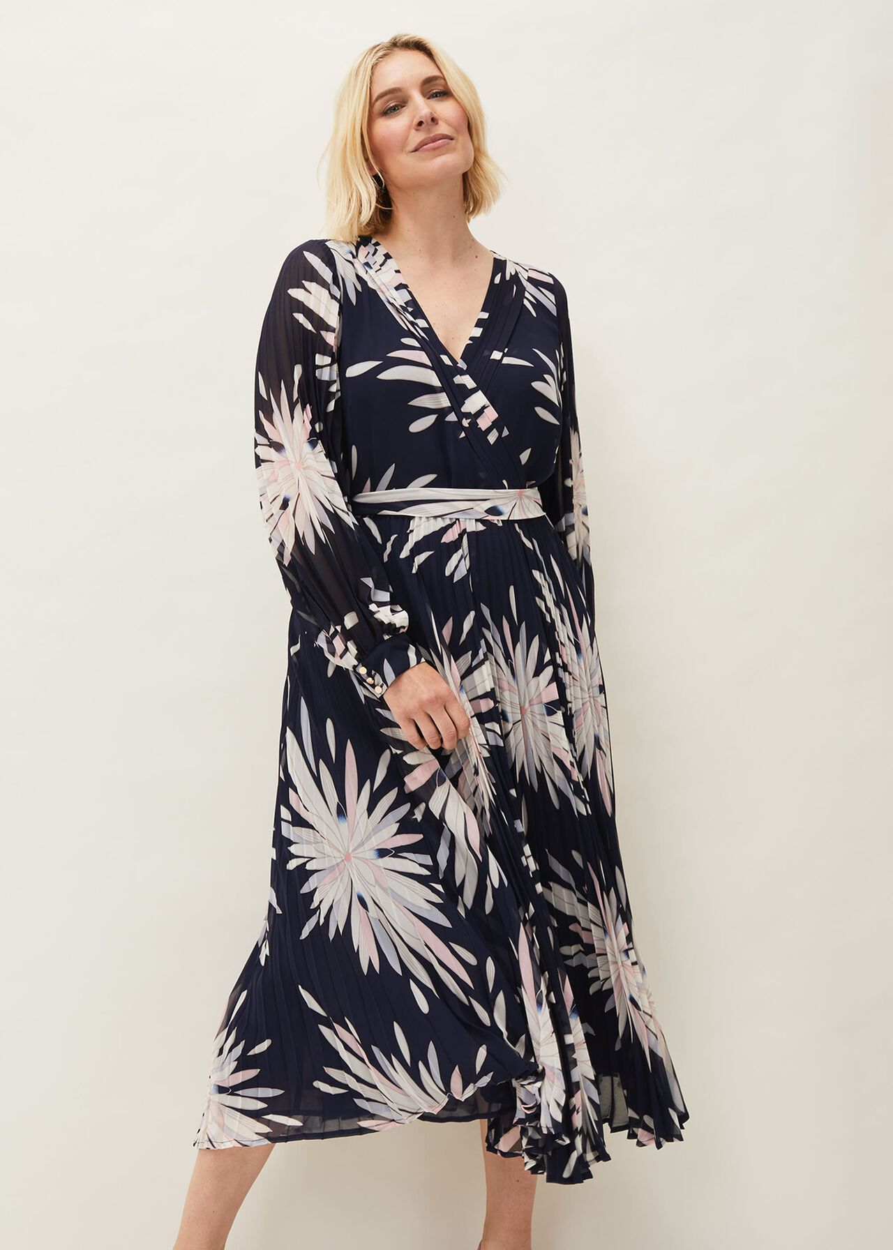 ${product-id}-Ellen Palm Print Maxi Dress--${view-type}