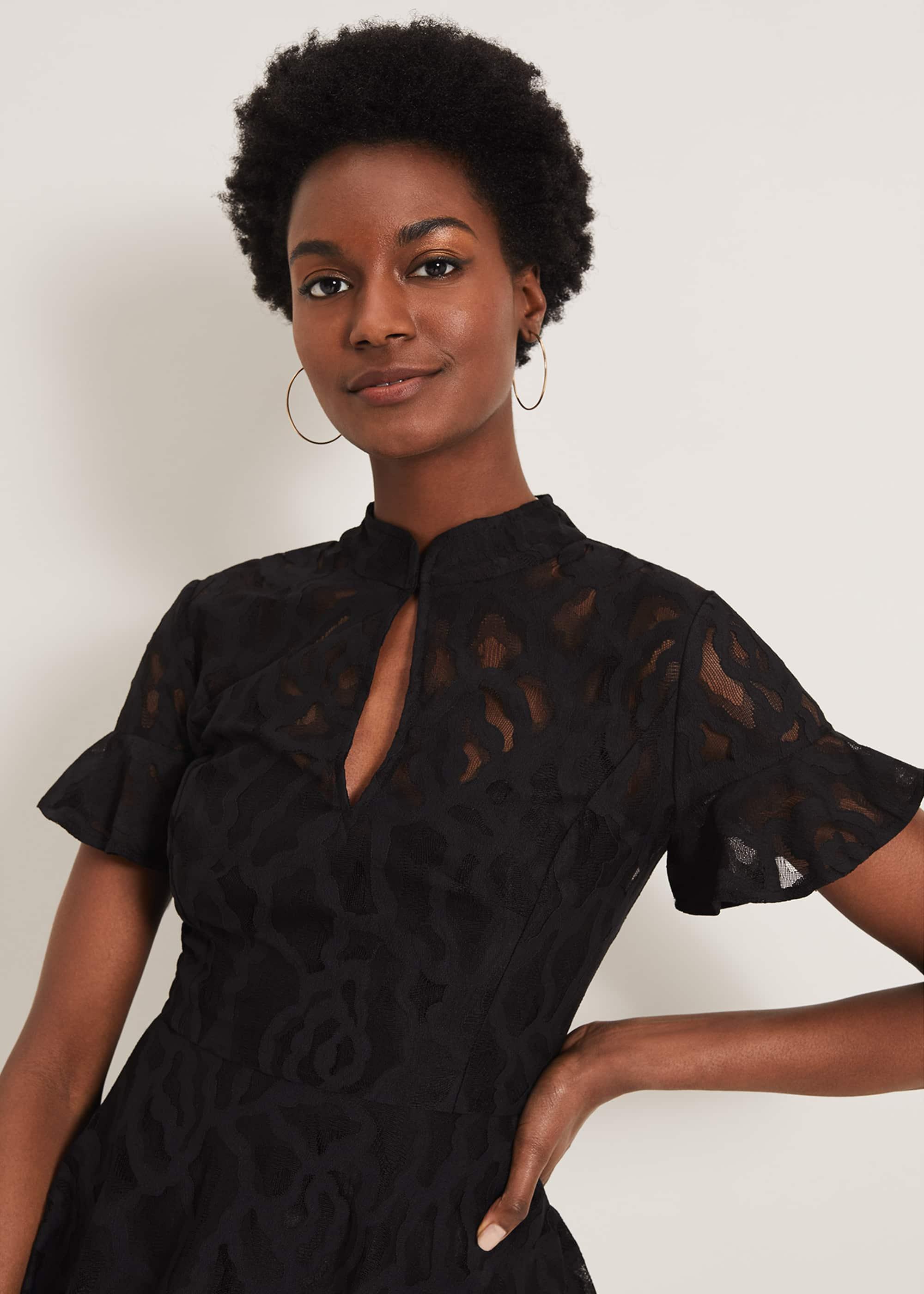 Damsel in a Dress Women Lulu Lace Top