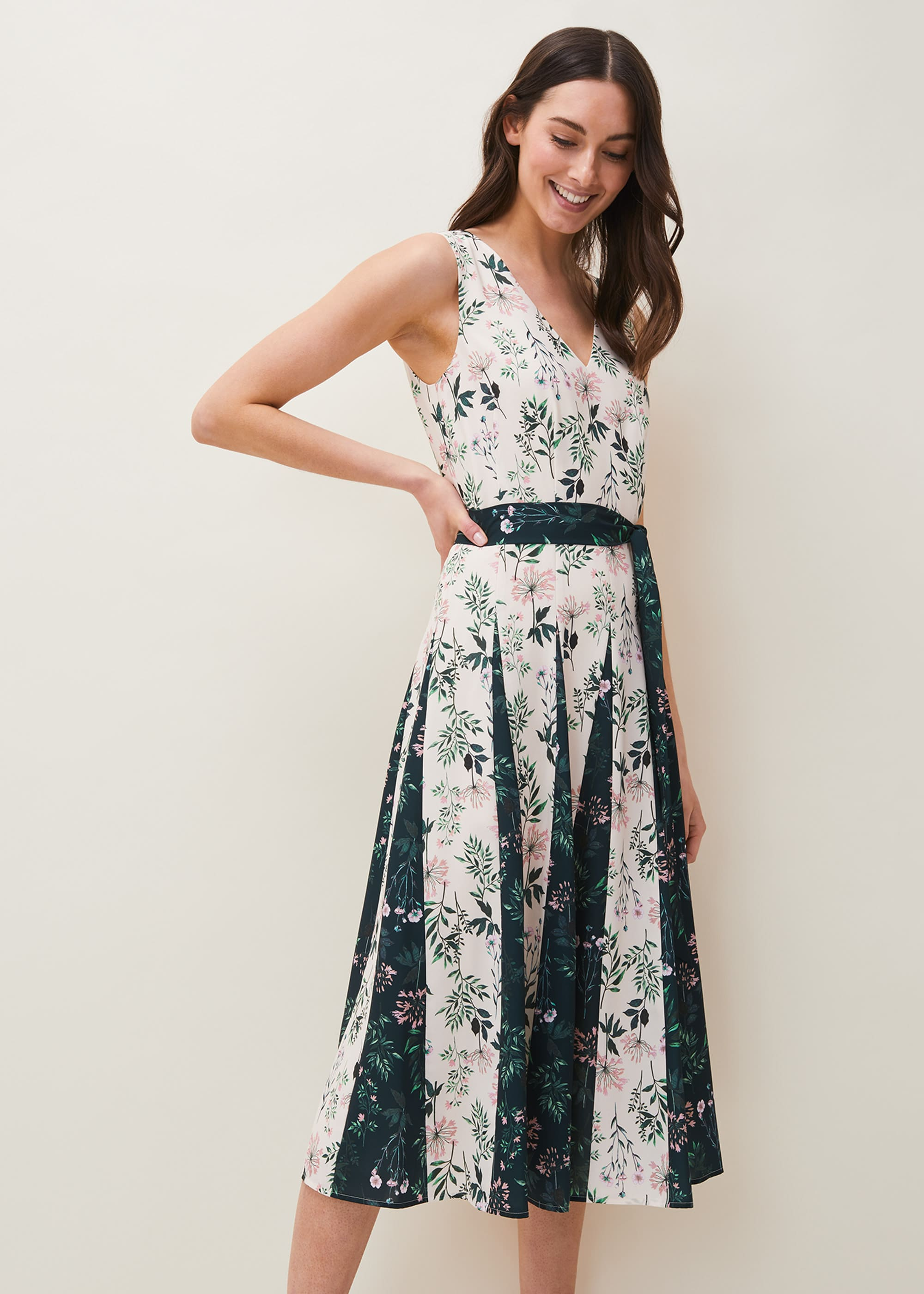 Phase Eight Women Bernita Floral Fit and Flare Dress
