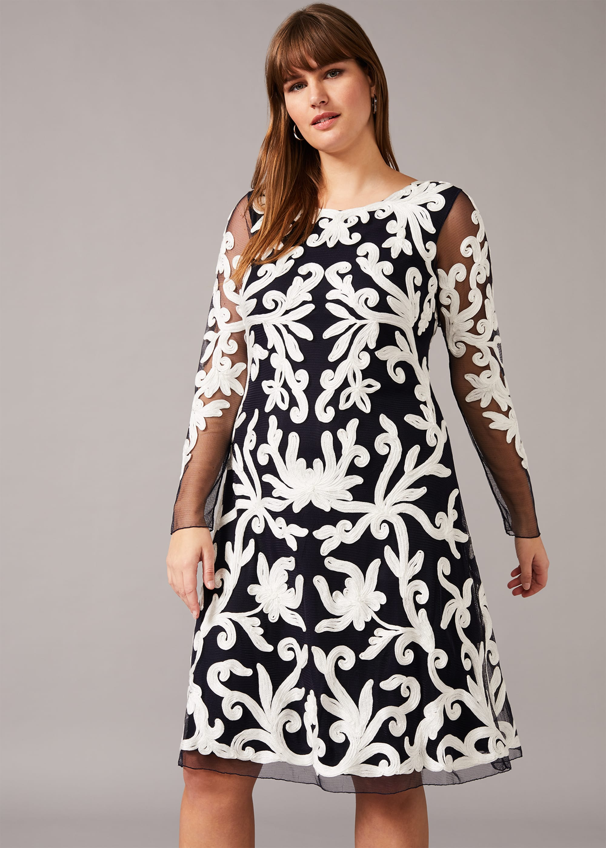 Studio 8 Women Aimee Tapework Lace Dress