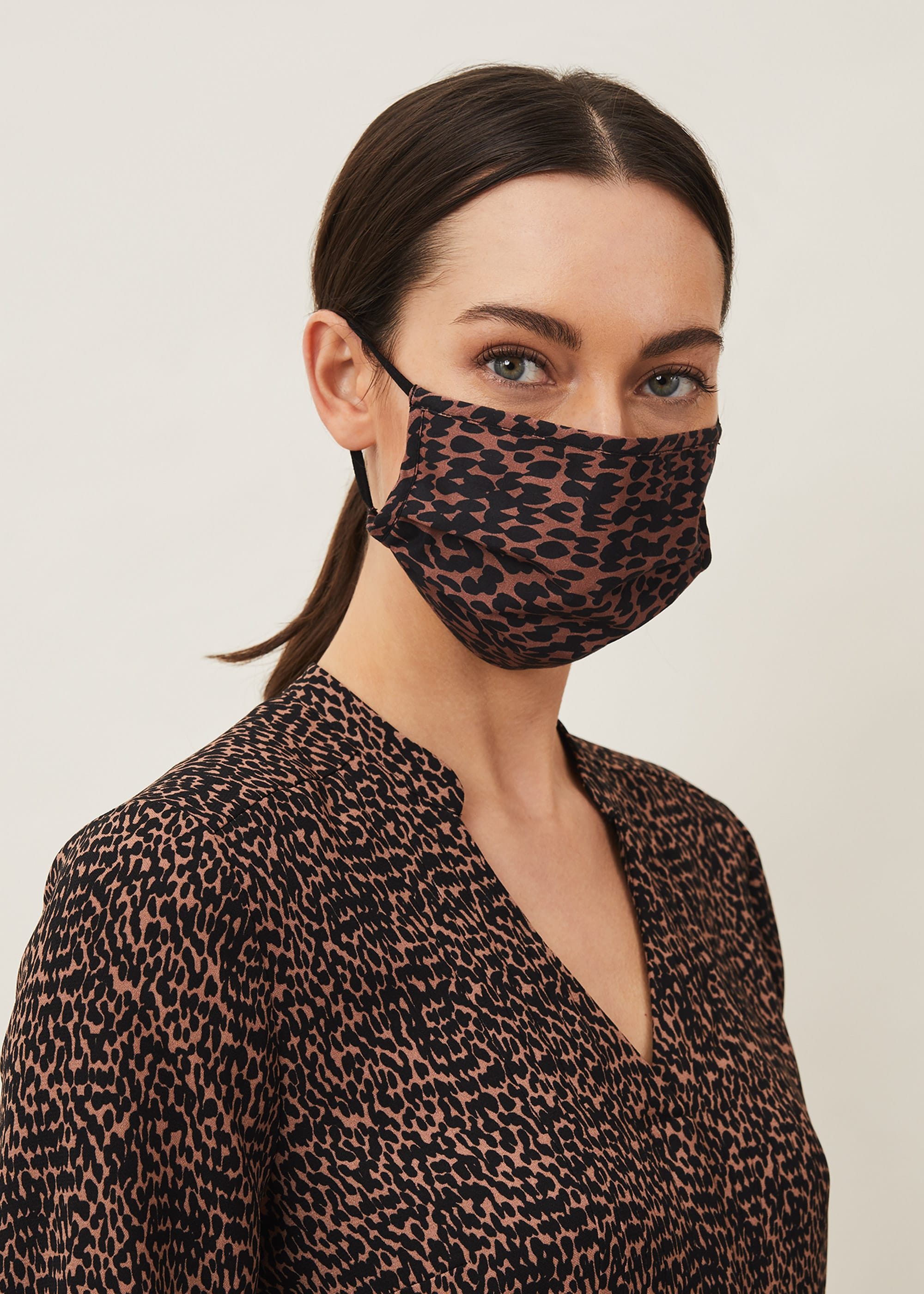 Phase Eight Women Penele Face Mask