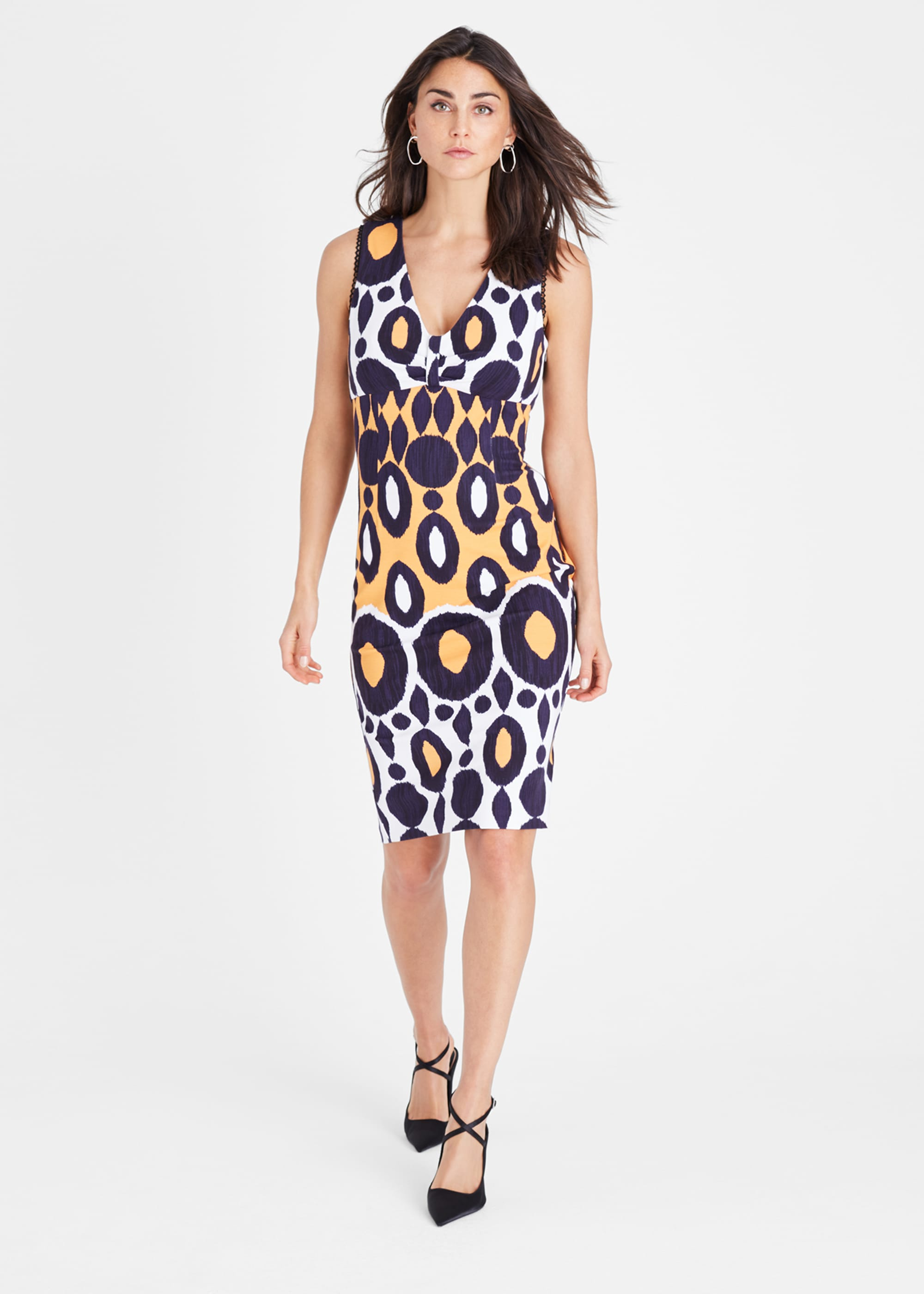 Damsel in a Dress Women Olga Fitted Print Dress